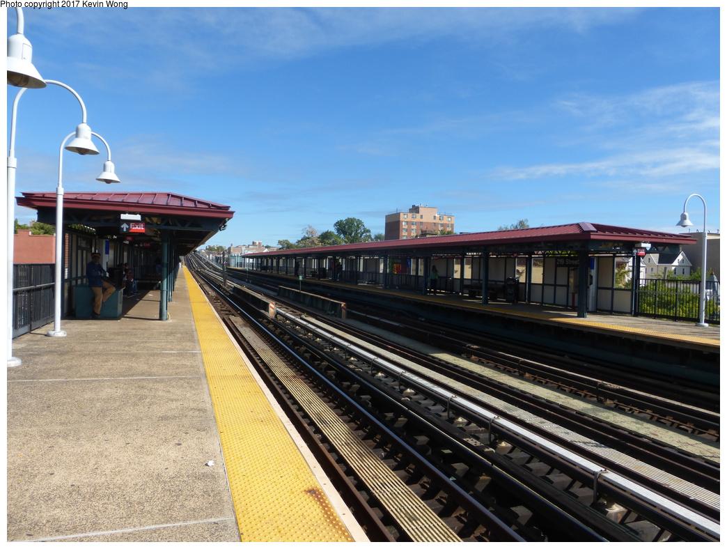 (364k, 1044x788)<br><b>Country:</b> United States<br><b>City:</b> New York<br><b>System:</b> New York City Transit<br><b>Line:</b> IRT White Plains Road Line<br><b>Location:</b> 219th Street<br><b>Photo by:</b> Kevin Wong<br><b>Date:</b> 10/6/2015<br><b>Viewed (this week/total):</b> 0 / 1020