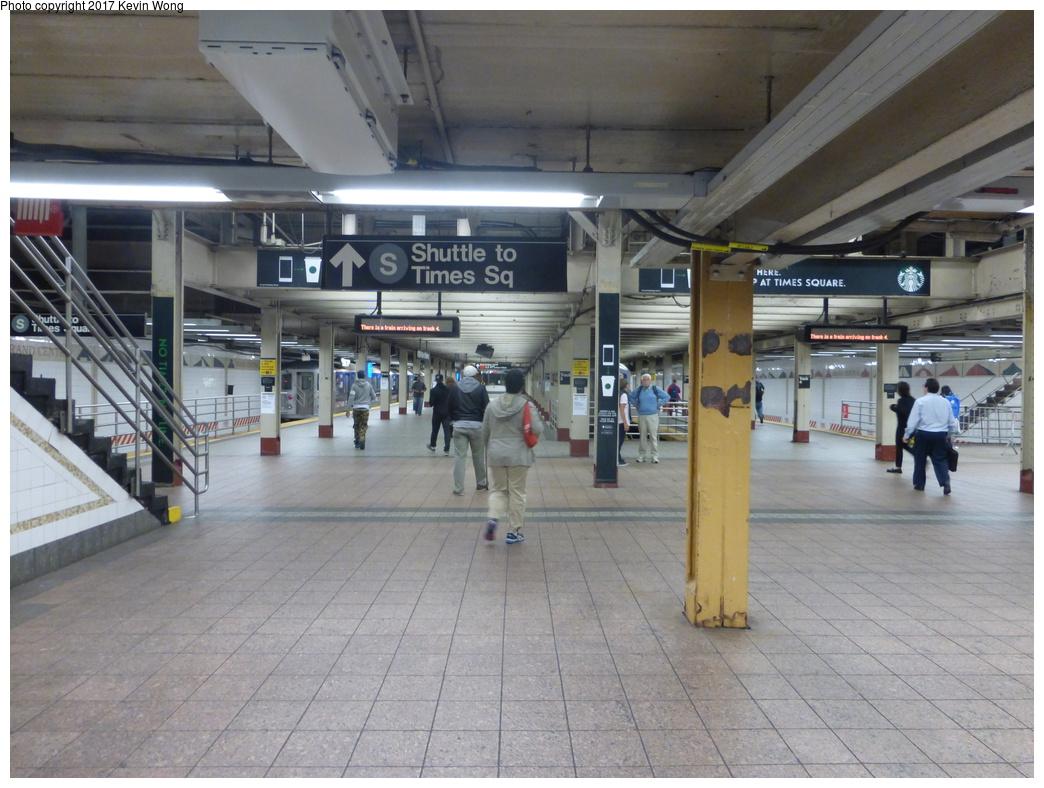 (339k, 1044x788)<br><b>Country:</b> United States<br><b>City:</b> New York<br><b>System:</b> New York City Transit<br><b>Line:</b> IRT Times Square-Grand Central Shuttle<br><b>Location:</b> Grand Central<br><b>Photo by:</b> Kevin Wong<br><b>Date:</b> 10/6/2015<br><b>Viewed (this week/total):</b> 0 / 1139