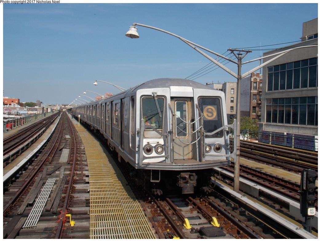 (402k, 1044x788)<br><b>Country:</b> United States<br><b>City:</b> New York<br><b>System:</b> New York City Transit<br><b>Line:</b> BMT Brighton Line<br><b>Location:</b> Brighton Beach<br><b>Route:</b> Museum Train Service<br><b>Car:</b> R-40 (St. Louis, 1968) 4280 <br><b>Photo by:</b> Nicholas Noel<br><b>Date:</b> 6/26/2016<br><b>Notes:</b> NY Transit Museum 40th anniversary parade of trains.<br><b>Viewed (this week/total):</b> 1 / 834