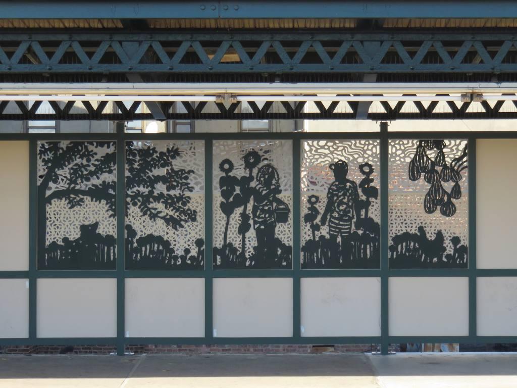 (119k, 1024x768)<br><b>Country:</b> United States<br><b>City:</b> New York<br><b>System:</b> New York City Transit<br><b>Line:</b> IRT Brooklyn Line<br><b>Location:</b> Pennsylvania Avenue<br><b>Photo by:</b> Robbie Rosenfeld<br><b>Date:</b> 3/13/2017<br><b>Artwork:</b> <i>Urban Garden Rail</i>, Saya Woolfalk, 2017<br><b>Viewed (this week/total):</b> 0 / 755