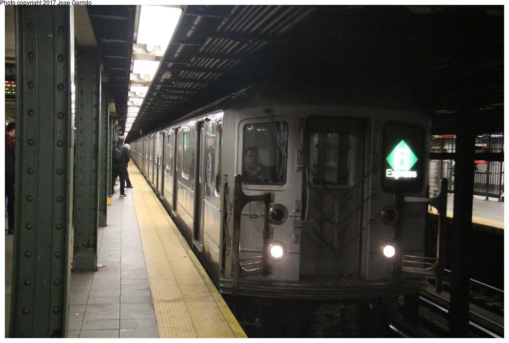 (254k, 1044x703)<br><b>Country:</b> United States<br><b>City:</b> New York<br><b>System:</b> New York City Transit<br><b>Line:</b> IRT East Side Line<br><b>Location:</b> 116th Street<br><b>Route:</b> 6<br><b>Car:</b> R-62A (Bombardier, 1984-1987) 1705 <br><b>Photo by:</b> Jose Garrido<br><b>Date:</b> 11/8/2016<br><b>Viewed (this week/total):</b> 6 / 1433