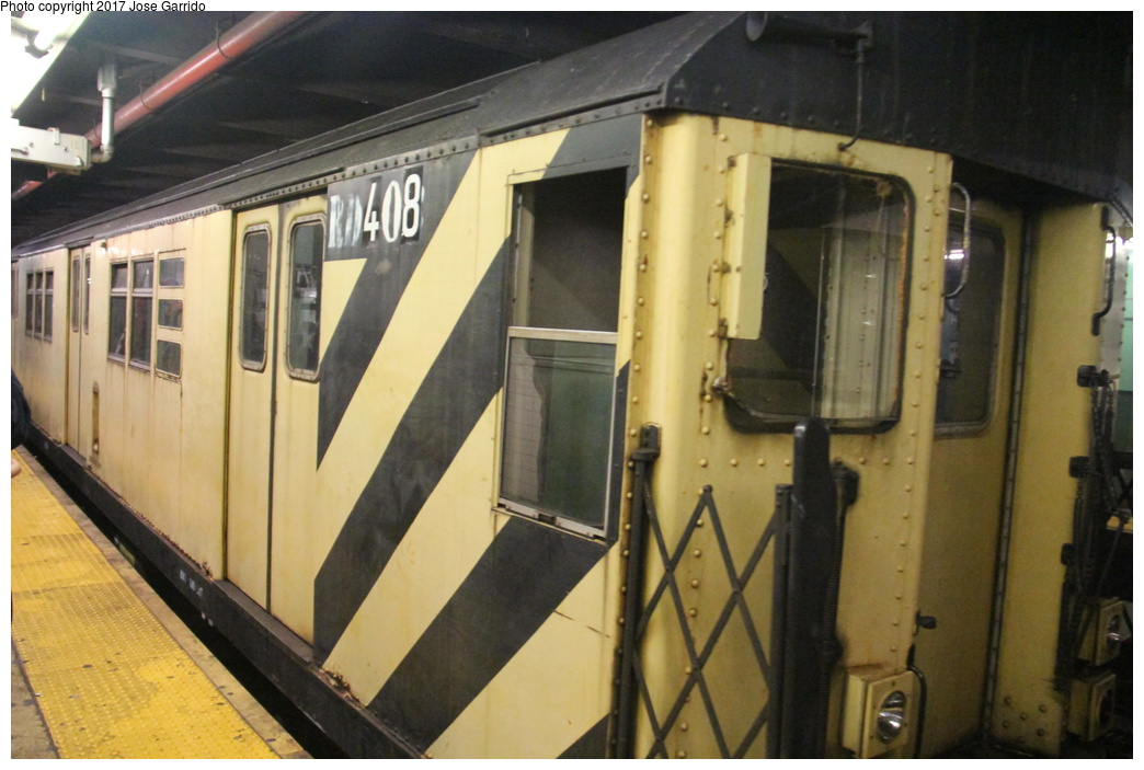 (281k, 1044x703)<br><b>Country:</b> United States<br><b>City:</b> New York<br><b>System:</b> New York City Transit<br><b>Line:</b> IND Queens Boulevard Line<br><b>Location:</b> 71st/Continental Aves./Forest Hills<br><b>Route:</b> Work Service<br><b>Car:</b> R-161 Rider Car (ex-R-33) RD408 <br><b>Photo by:</b> Jose Garrido<br><b>Date:</b> 11/19/2016<br><b>Viewed (this week/total):</b> 0 / 672