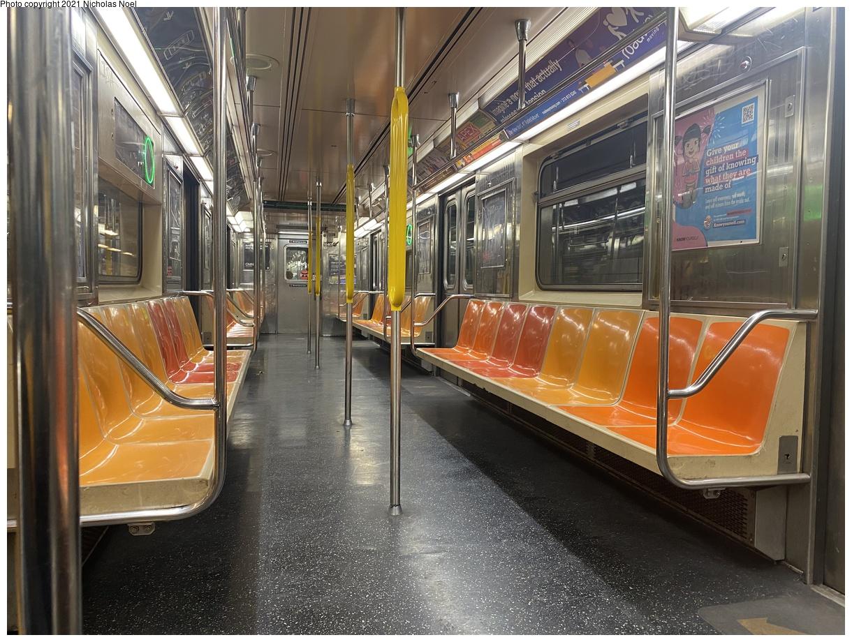 (472k, 1220x920)<br><b>Country:</b> United States<br><b>City:</b> New York<br><b>System:</b> New York City Transit<br><b>Route:</b> 6<br><b>Car:</b> R-62A (Bombardier, 1984-1987) 1840 <br><b>Photo by:</b> Nicholas Noel<br><b>Date:</b> 1/7/2021<br><b>Viewed (this week/total):</b> 5 / 175