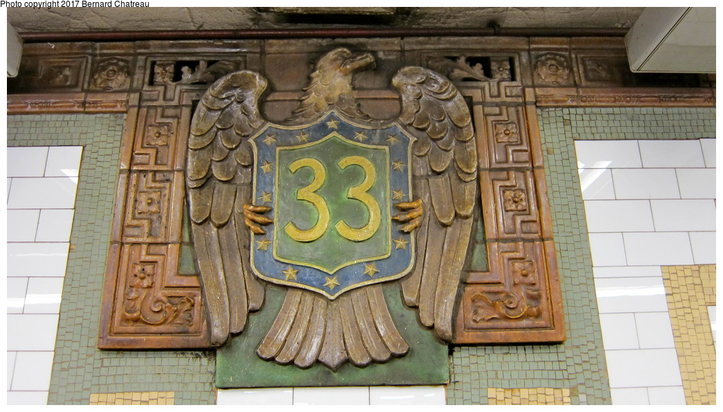 (292k, 1044x595)<br><b>Country:</b> United States<br><b>City:</b> New York<br><b>System:</b> New York City Transit<br><b>Line:</b> IRT East Side Line<br><b>Location:</b> 33rd Street<br><b>Photo by:</b> Bernard Chatreau<br><b>Date:</b> 10/4/2011<br><b>Viewed (this week/total):</b> 4 / 685