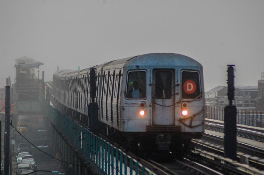 (227k, 1024x680)<br><b>Country:</b> United States<br><b>City:</b> New York<br><b>System:</b> New York City Transit<br><b>Line:</b> BMT Culver Line<br><b>Location:</b> Avenue I<br><b>Route:</b> D reroute<br><b>Car:</b> R-68 (Westinghouse-Amrail, 1986-1988) 2584 <br><b>Photo by:</b> John Dooley<br><b>Date:</b> 2/25/2017<br><b>Viewed (this week/total):</b> 3 / 698