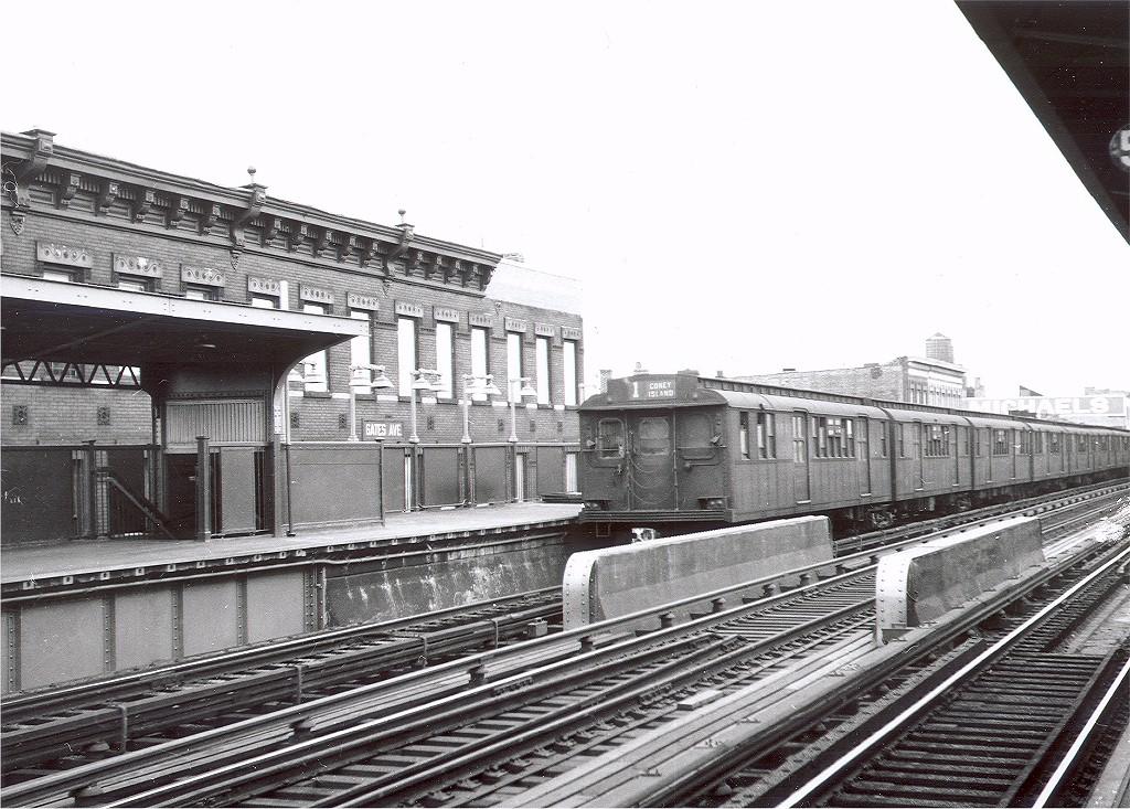 (246k, 1024x733)<br><b>Country:</b> United States<br><b>City:</b> New York<br><b>System:</b> New York City Transit<br><b>Line:</b> BMT Nassau Street-Jamaica Line<br><b>Location:</b> Gates Avenue<br><b>Car:</b> BMT D-Type Triplex 6049 <br><b>Photo by:</b> Hal Smith Collection<br><b>Collection of:</b> Joe Testagrose<br><b>Viewed (this week/total):</b> 2 / 4544