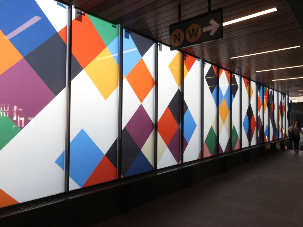 (90k, 1024x768)<br><b>Country:</b> United States<br><b>City:</b> New York<br><b>System:</b> New York City Transit<br><b>Line:</b> BMT Astoria Line<br><b>Location:</b> 30th/Grand Aves.<br><b>Photo by:</b> Robbie Rosenfeld<br><b>Date:</b> 6/26/2018<br><b>Artwork:</b> <i>Perasma I and II</i>, Stephen Westfall, 2018<br><b>Viewed (this week/total):</b> 0 / 589