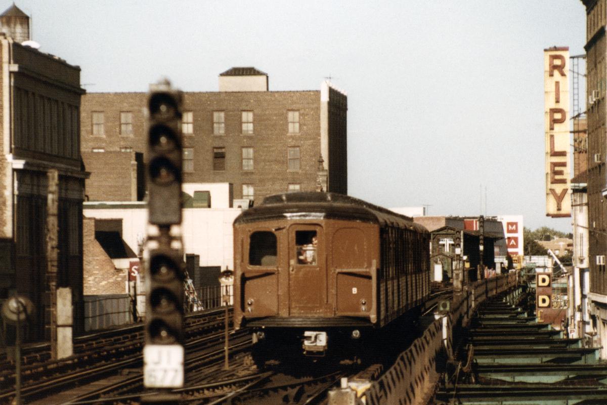 (518k, 1200x800)<br><b>Country:</b> United States<br><b>City:</b> New York<br><b>System:</b> New York City Transit<br><b>Line:</b> BMT Nassau Street-Jamaica Line<br><b>Location:</b> 160th Street (Demolished)<br><b>Car:</b> BMT A/B-Type Standard 2390-1-2 <br><b>Collection of:</b> Nicholas Fabrizio<br><b>Date:</b> 9/1/1977<br><b>Viewed (this week/total):</b> 0 / 515