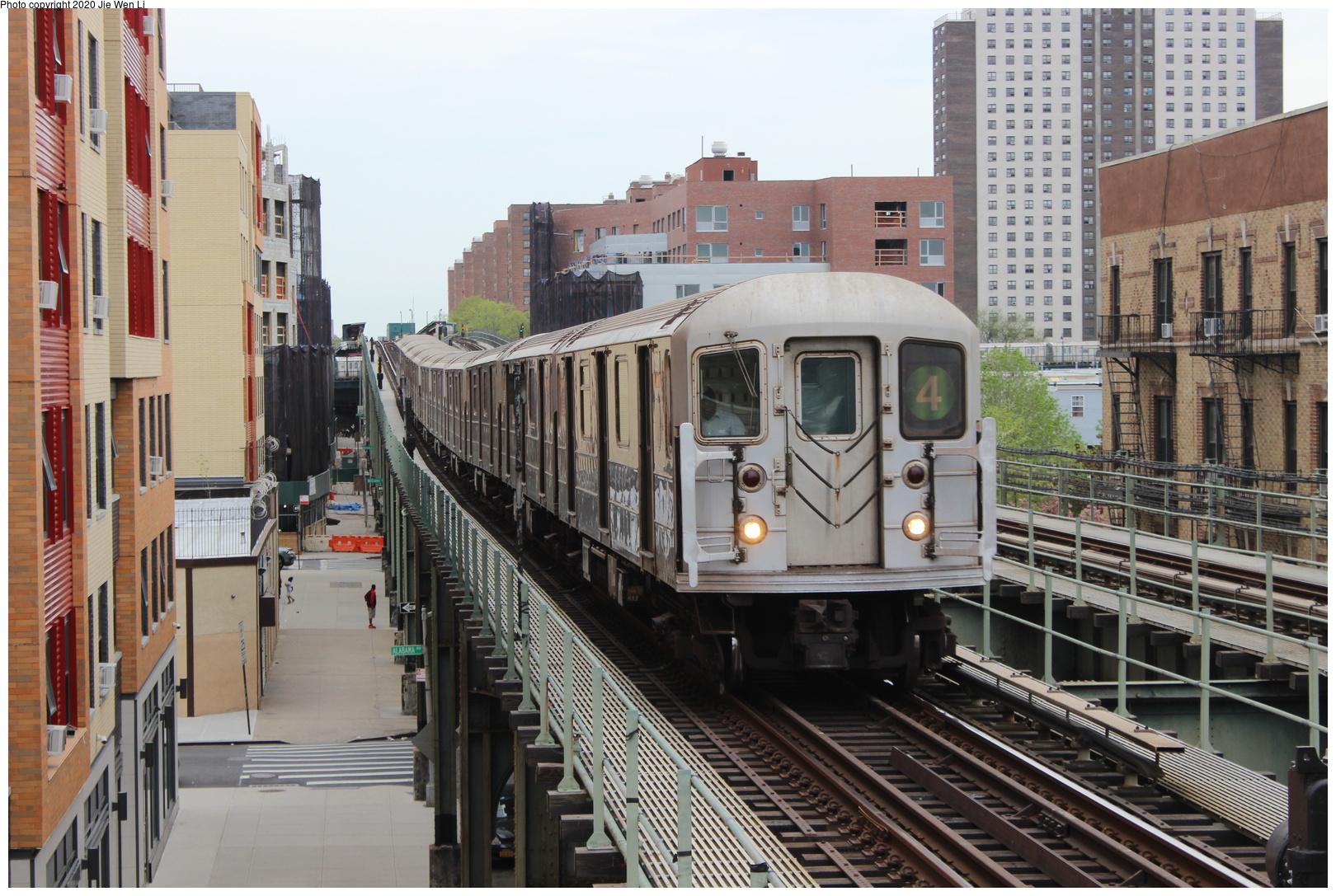 (722k, 1620x1087)<br><b>Country:</b> United States<br><b>City:</b> New York<br><b>System:</b> New York City Transit<br><b>Line:</b> IRT Brooklyn Line<br><b>Location:</b> Pennsylvania Avenue<br><b>Route:</b> 4<br><b>Car:</b> R-62 (Kawasaki, 1983-1985) 1581 <br><b>Photo by:</b> Jie Wen Li<br><b>Date:</b> 5/5/2018<br><b>Viewed (this week/total):</b> 3 / 398