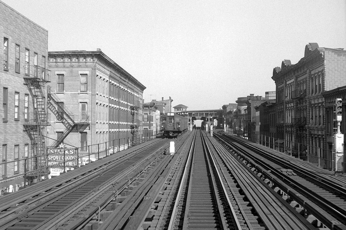 (466k, 1200x800)<br><b>Country:</b> United States<br><b>City:</b> New York<br><b>System:</b> New York City Transit<br><b>Line:</b> BMT Nassau Street-Jamaica Line<br><b>Location:</b> Myrtle Avenue<br><b>Route:</b> J<br><b>Car:</b> R-1/R-9 Series  <br><b>Collection of:</b> David Pirmann<br><b>Date:</b> 6/6/1968<br><b>Viewed (this week/total):</b> 2 / 267