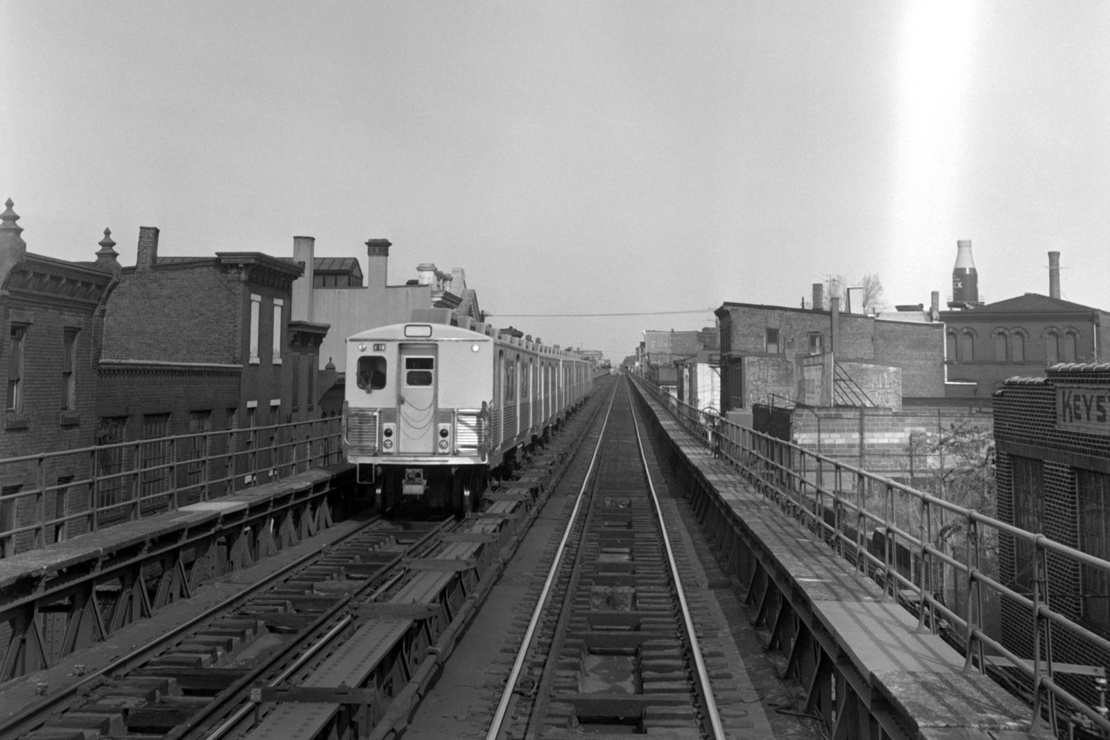 (466k, 1600x1067)<br><b>Country:</b> United States<br><b>City:</b> Philadelphia, PA<br><b>System:</b> SEPTA (or Predecessor)<br><b>Line:</b> Market-Frankford El<br><b>Location:</b> Berks<br><b>Car:</b> SEPTA M-3 (Budd, 1960)  <br><b>Collection of:</b> David Pirmann<br><b>Date:</b> 10/28/1967<br><b>Viewed (this week/total):</b> 0 / 100