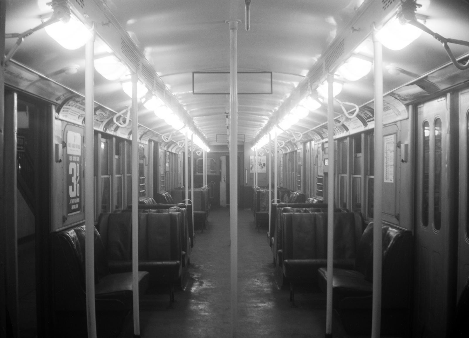 (429k, 1600x1151)<br><b>Country:</b> United States<br><b>City:</b> Philadelphia, PA<br><b>System:</b> SEPTA (or Predecessor)<br><b>Line:</b> Broad Street Subway<br><b>Location:</b> Broad Street Subway-Rolling Stock Interiors<br><b>Car:</b> PTC/SEPTA B-2 DRPA Bridge Line (J.G. Brill, 1936) 1025 <br><b>Collection of:</b> David Pirmann<br><b>Date:</b> 10/15/1962<br><b>Viewed (this week/total):</b> 0 / 123