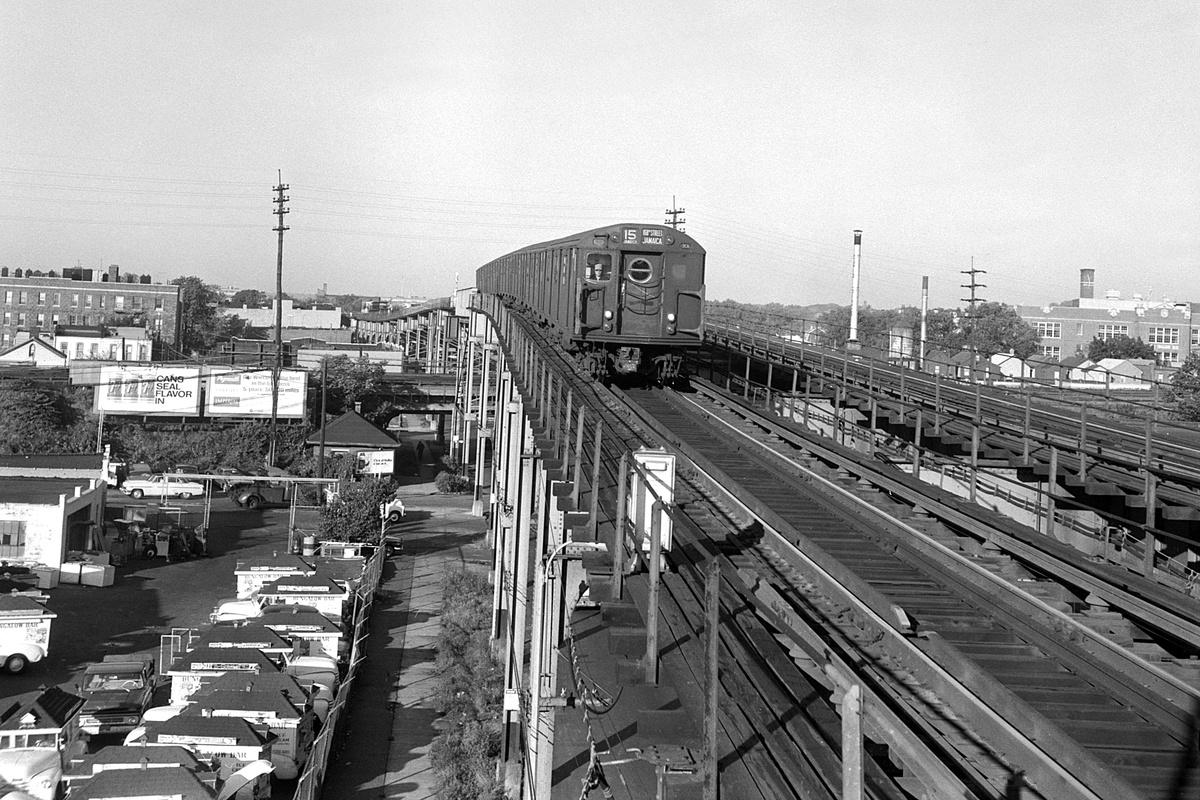 (458k, 1200x800)<br><b>Country:</b> United States<br><b>City:</b> New York<br><b>System:</b> New York City Transit<br><b>Line:</b> BMT Nassau Street-Jamaica Line<br><b>Location:</b> Metropolitan Avenue (Demolished)<br><b>Route:</b> BMT 15<br><b>Car:</b> R-16 (American Car & Foundry, 1955)  <br><b>Collection of:</b> David Pirmann<br><b>Date:</b> 9/28/1966<br><b>Viewed (this week/total):</b> 13 / 516