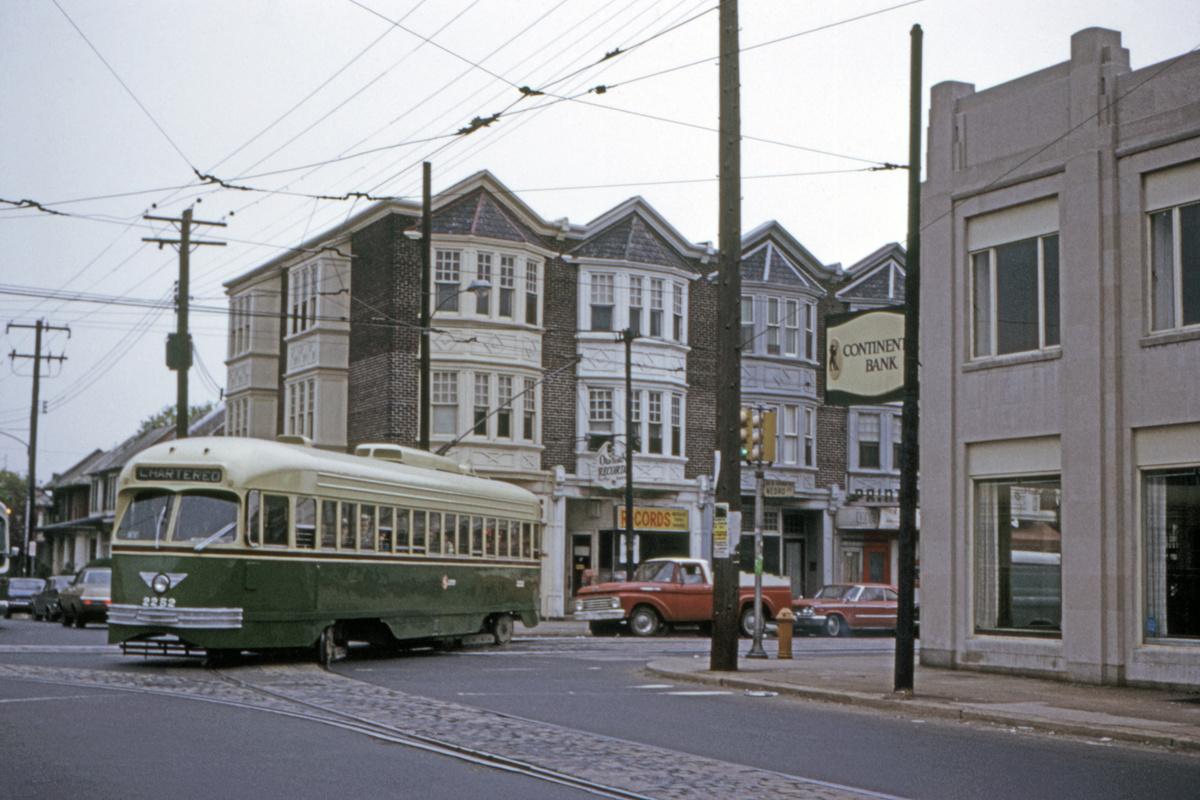 (406k, 1200x800)<br><b>Country:</b> United States<br><b>City:</b> Philadelphia, PA<br><b>System:</b> SEPTA (or Predecessor)<br><b>Line:</b> Rt. 6-Olney/City Line<br><b>Location:</b> Old York/Nedro<br><b>Route:</b> Fan Trip<br><b>Car:</b> PTC/SEPTA ex-Kansas City PCC (St.Louis, 1946) 2252 <br><b>Collection of:</b> David Pirmann<br><b>Date:</b> 5/2/1971<br><b>Viewed (this week/total):</b> 0 / 118