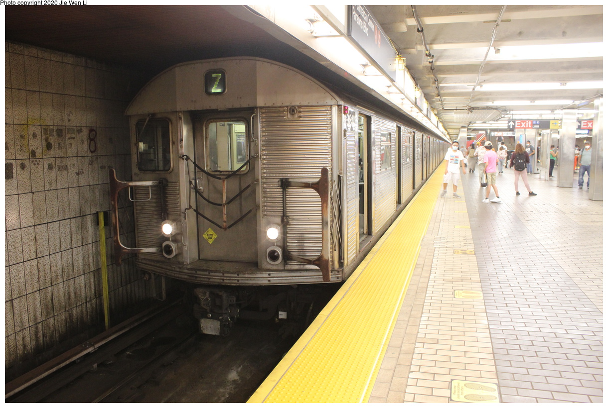 (431k, 1220x820)<br><b>Country:</b> United States<br><b>City:</b> New York<br><b>System:</b> New York City Transit<br><b>Line:</b> BMT Nassau Street-Jamaica Line<br><b>Location:</b> Sutphin Blvd.-Archer Ave./JFK<br><b>Route:</b> Z<br><b>Car:</b> R-32 (Budd, 1964) 3810 <br><b>Photo by:</b> Jie Wen Li<br><b>Date:</b> 7/2/2020<br><b>Viewed (this week/total):</b> 5 / 244