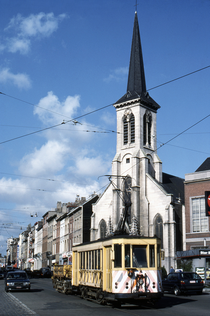 (470k, 800x1200)<br><b>Country:</b> Belgium<br><b>City:</b> Brussels<br><b>System:</b> STIB (Societé des Transports Intercommunaux de Bruxelles)<br><b>Car:</b> Brussels Tram 45 <br><b>Collection of:</b> David Pirmann<br><b>Date:</b> 3/25/1989<br><b>Viewed (this week/total):</b> 1 / 75