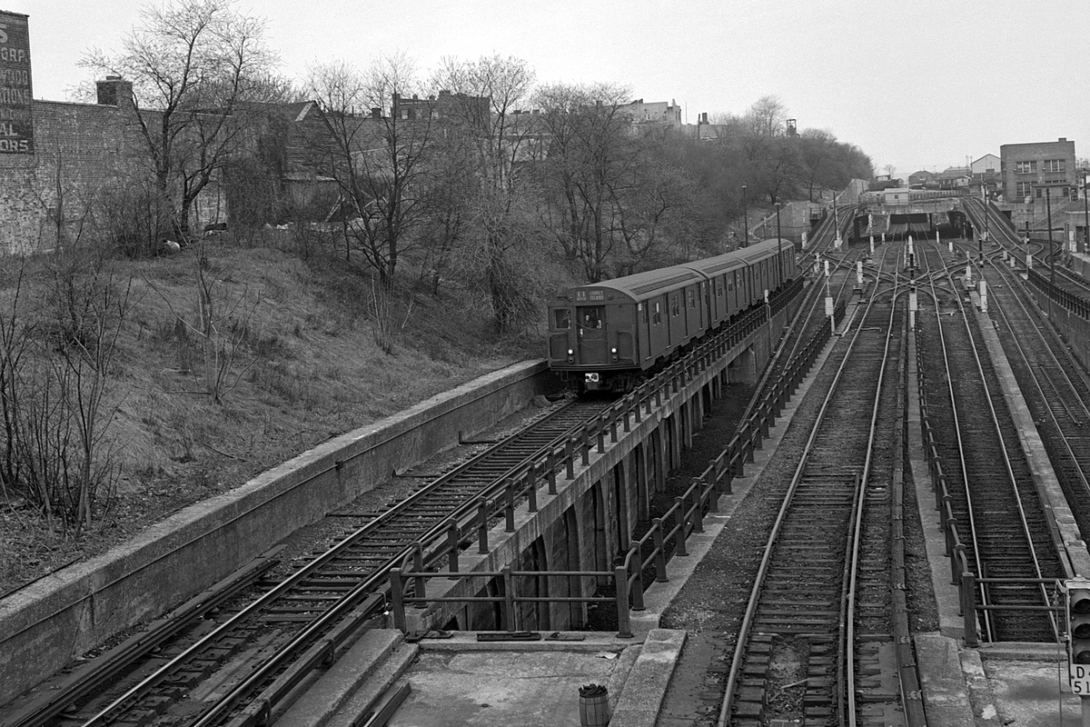 (498k, 1200x800)<br><b>Country:</b> United States<br><b>City:</b> New York<br><b>System:</b> New York City Transit<br><b>Line:</b> BMT West End Line<br><b>Location:</b> 9th Avenue<br><b>Route:</b> TT<br><b>Car:</b> R-27/R-30 Series (Number Unknown)  <br><b>Collection of:</b> David Pirmann<br><b>Date:</b> 4/19/1964<br><b>Viewed (this week/total):</b> 2 / 350