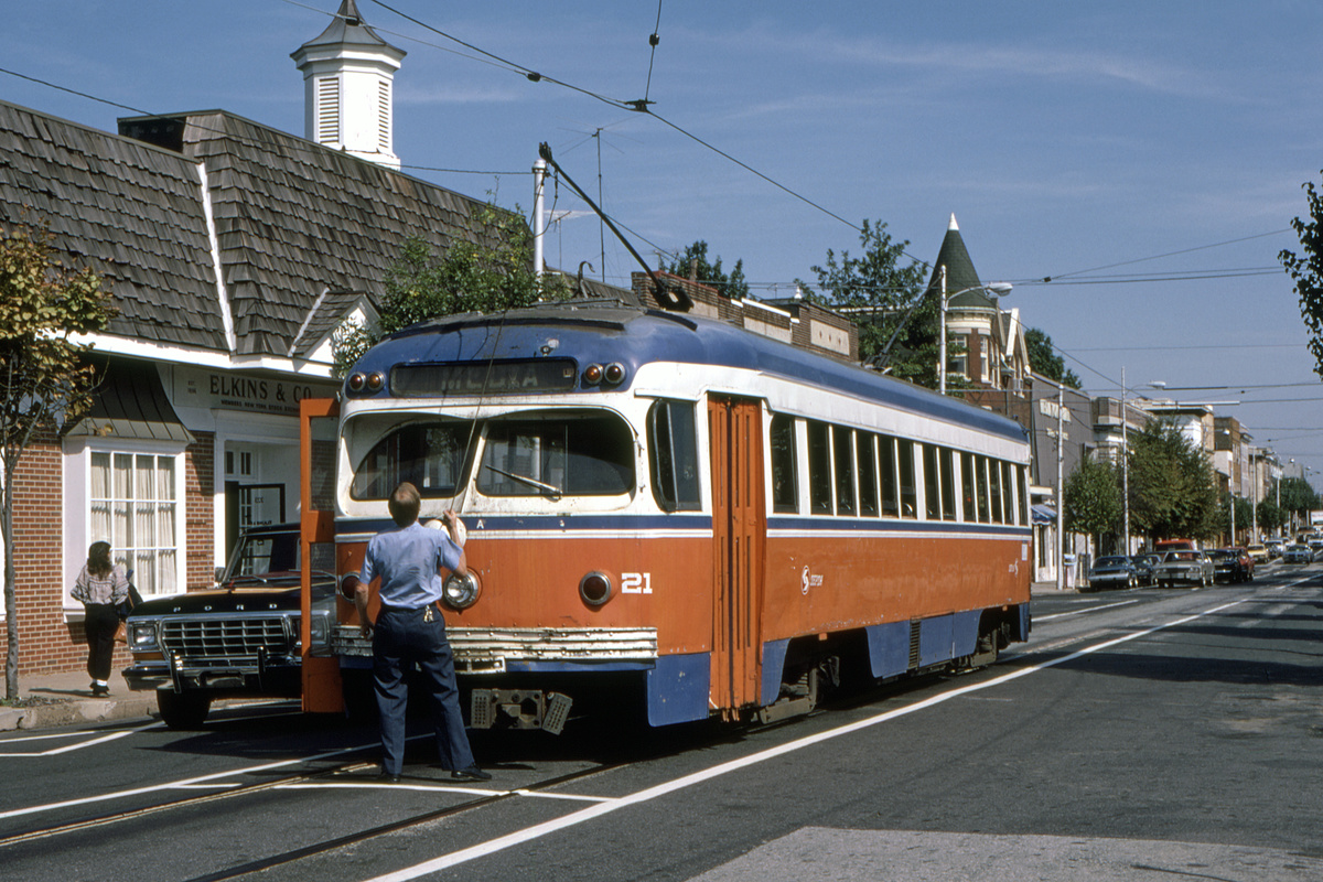 (526k, 1200x800)<br><b>Country:</b> United States<br><b>City:</b> Philadelphia, PA<br><b>System:</b> SEPTA (or Predecessor)<br><b>Line:</b> Rt. 101-Media<br><b>Location:</b> Orange Street/State Street<br><b>Car:</b> PSTC Streamliner (St. Louis Car Co., 1949) 21 <br><b>Collection of:</b> David Pirmann<br><b>Date:</b> 10/1982<br><b>Viewed (this week/total):</b> 2 / 83