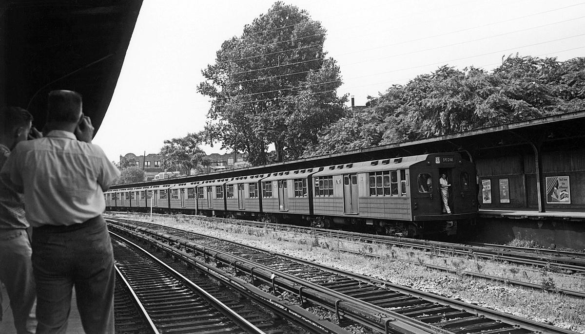 (404k, 1200x686)<br><b>Country:</b> United States<br><b>City:</b> New York<br><b>System:</b> New York City Transit<br><b>Line:</b> BMT Sea Beach Line<br><b>Location:</b> 8th Avenue<br><b>Route:</b> Fan Trip<br><b>Car:</b> BMT Multisection 7017 <br><b>Collection of:</b> David Pirmann<br><b>Date:</b> 7/22/1961<br><b>Viewed (this week/total):</b> 0 / 263