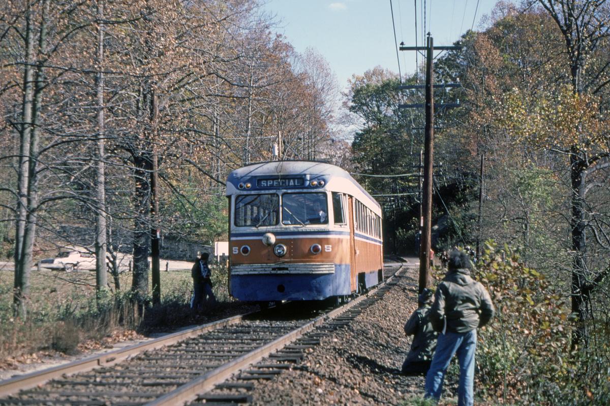 (764k, 1200x800)<br><b>Country:</b> United States<br><b>City:</b> Philadelphia, PA<br><b>System:</b> SEPTA (or Predecessor)<br><b>Line:</b> Rt. 101-Media<br><b>Location:</b> Paper Mill Road<br><b>Car:</b> PSTC Brilliner (J.G. Brill, 1941) 5 <br><b>Collection of:</b> David Pirmann<br><b>Date:</b> 11/1980<br><b>Viewed (this week/total):</b> 2 / 128