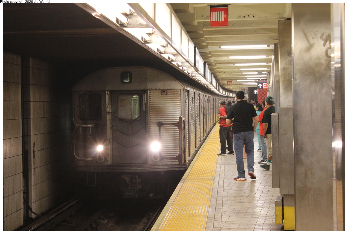 (353k, 1220x820)<br><b>Country:</b> United States<br><b>City:</b> New York<br><b>System:</b> New York City Transit<br><b>Line:</b> BMT Nassau Street-Jamaica Line<br><b>Location:</b> Sutphin Blvd.-Archer Ave./JFK<br><b>Route:</b> J<br><b>Car:</b> R-32 (Budd, 1964) 3520 <br><b>Photo by:</b> Jie Wen Li<br><b>Date:</b> 7/22/2020<br><b>Viewed (this week/total):</b> 3 / 392