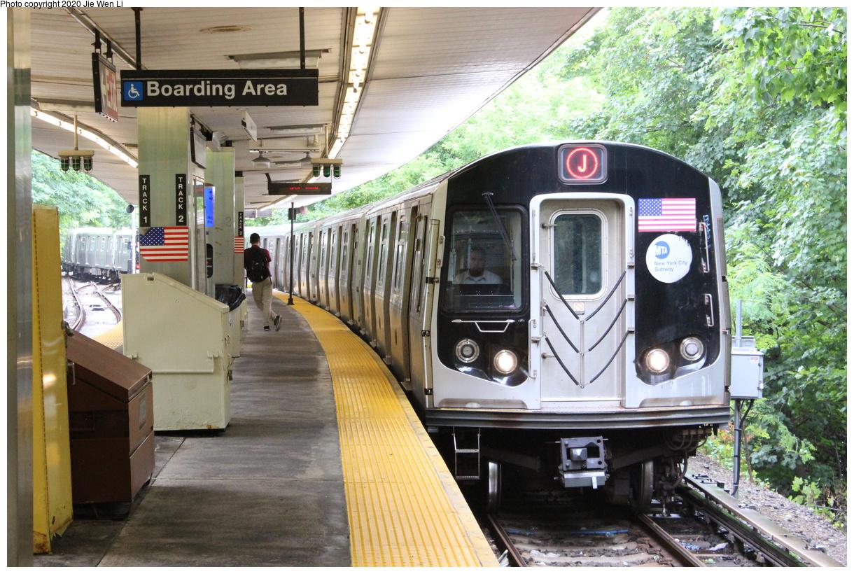 (523k, 1220x820)<br><b>Country:</b> United States<br><b>City:</b> New York<br><b>System:</b> New York City Transit<br><b>Line:</b> BMT Myrtle Avenue Line<br><b>Location:</b> Metropolitan Avenue<br><b>Route:</b> J<br><b>Car:</b> R-160A-1 (Alstom, 2005-2008, 4 car sets) 8536 <br><b>Photo by:</b> Jie Wen Li<br><b>Date:</b> 7/22/2018<br><b>Notes:</b> J to Metropolitan Ave. G.O.<br><b>Viewed (this week/total):</b> 2 / 172