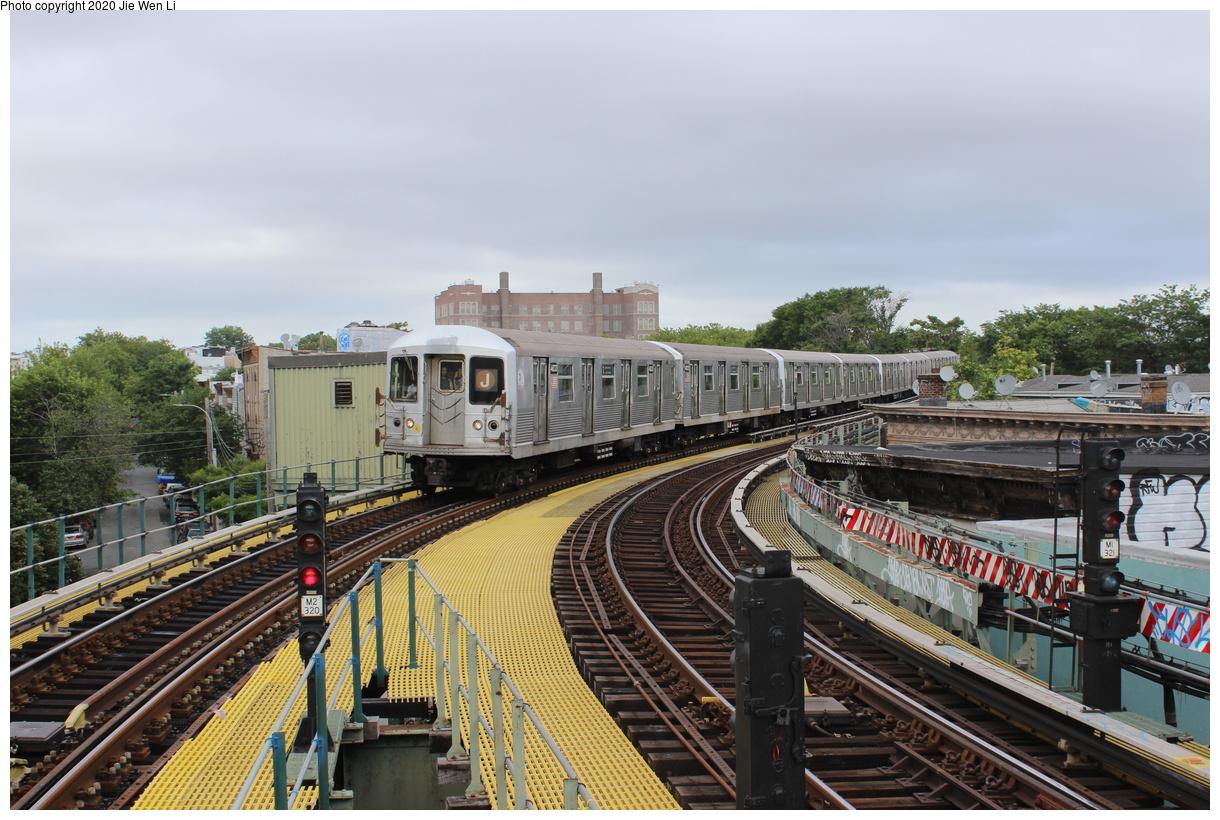(450k, 1220x820)<br><b>Country:</b> United States<br><b>City:</b> New York<br><b>System:</b> New York City Transit<br><b>Line:</b> BMT Myrtle Avenue Line<br><b>Location:</b> Seneca Avenue<br><b>Route:</b> J<br><b>Car:</b> R-42 (St. Louis, 1969-1970) 4833 <br><b>Photo by:</b> Jie Wen Li<br><b>Date:</b> 7/22/2018<br><b>Notes:</b> J to Metropolitan Ave. G.O.<br><b>Viewed (this week/total):</b> 2 / 224