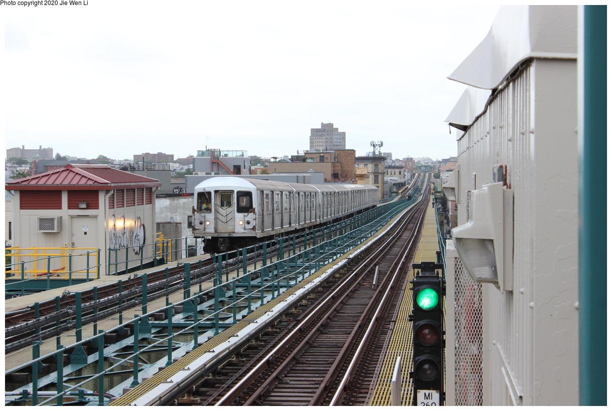 (396k, 1220x820)<br><b>Country:</b> United States<br><b>City:</b> New York<br><b>System:</b> New York City Transit<br><b>Line:</b> BMT Myrtle Avenue Line<br><b>Location:</b> Central Avenue<br><b>Route:</b> J<br><b>Car:</b> R-42 (St. Louis, 1969-1970) 4826 <br><b>Photo by:</b> Jie Wen Li<br><b>Date:</b> 7/22/2018<br><b>Notes:</b> J to Metropolitan Ave. G.O.<br><b>Viewed (this week/total):</b> 0 / 243