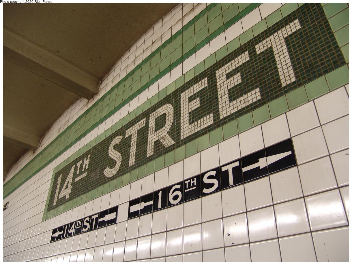 (492k, 1220x920)<br><b>Country:</b> United States<br><b>City:</b> New York<br><b>System:</b> New York City Transit<br><b>Line:</b> IND 6th Avenue Line<br><b>Location:</b> 14th Street<br><b>Photo by:</b> Richard Panse<br><b>Date:</b> 12/30/2005<br><b>Viewed (this week/total):</b> 0 / 111