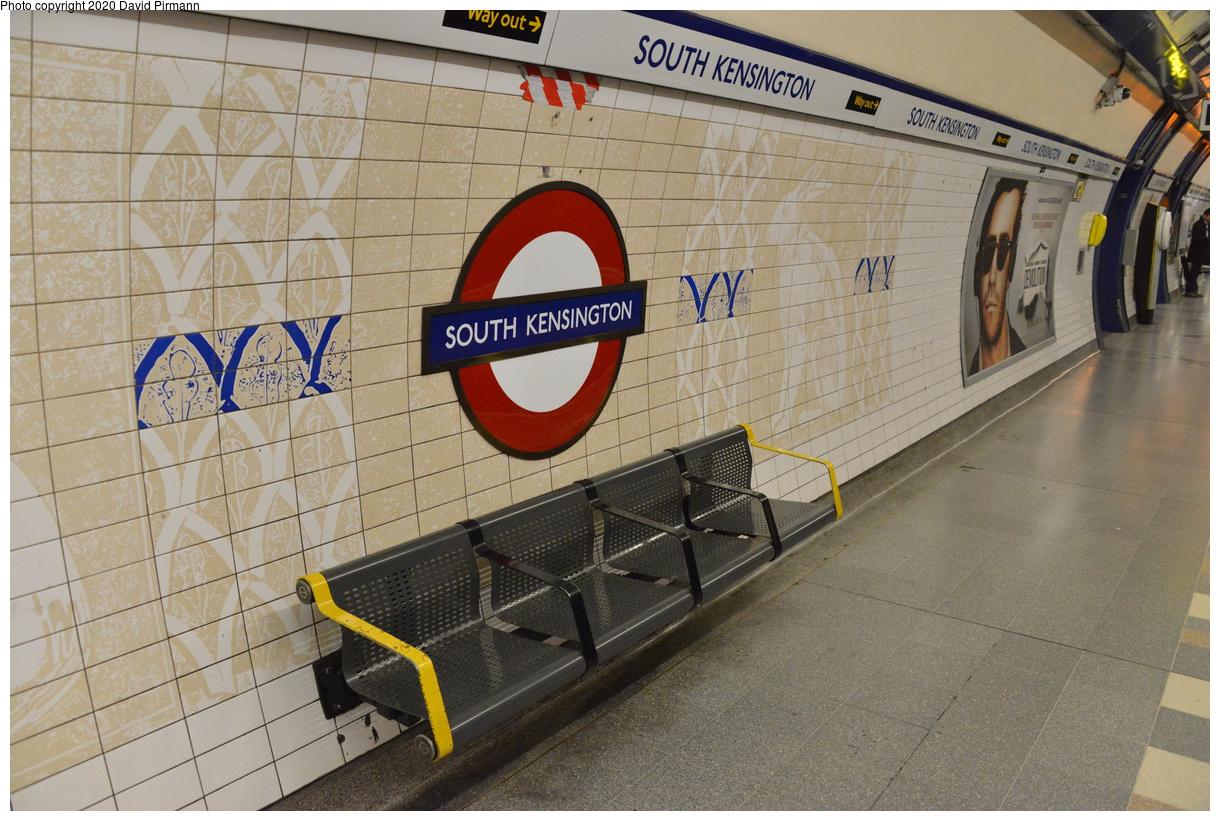 (466k, 1220x821)<br><b>Country:</b> United Kingdom<br><b>City:</b> London<br><b>System:</b> London Underground<br><b>Line:</b> Piccadilly<br><b>Location:</b> South Kensington<br><b>Photo by:</b> David Pirmann<br><b>Date:</b> 5/5/2016<br><b>Viewed (this week/total):</b> 0 / 67