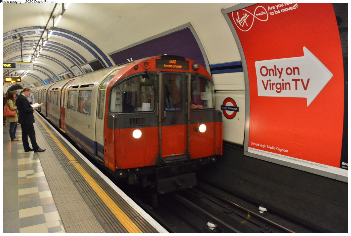 (382k, 1220x821)<br><b>Country:</b> United Kingdom<br><b>City:</b> London<br><b>System:</b> London Underground<br><b>Line:</b> Piccadilly<br><b>Location:</b> South Kensington<br><b>Car:</b> 1973 Tube Stock  <br><b>Photo by:</b> David Pirmann<br><b>Date:</b> 5/5/2016<br><b>Viewed (this week/total):</b> 1 / 62