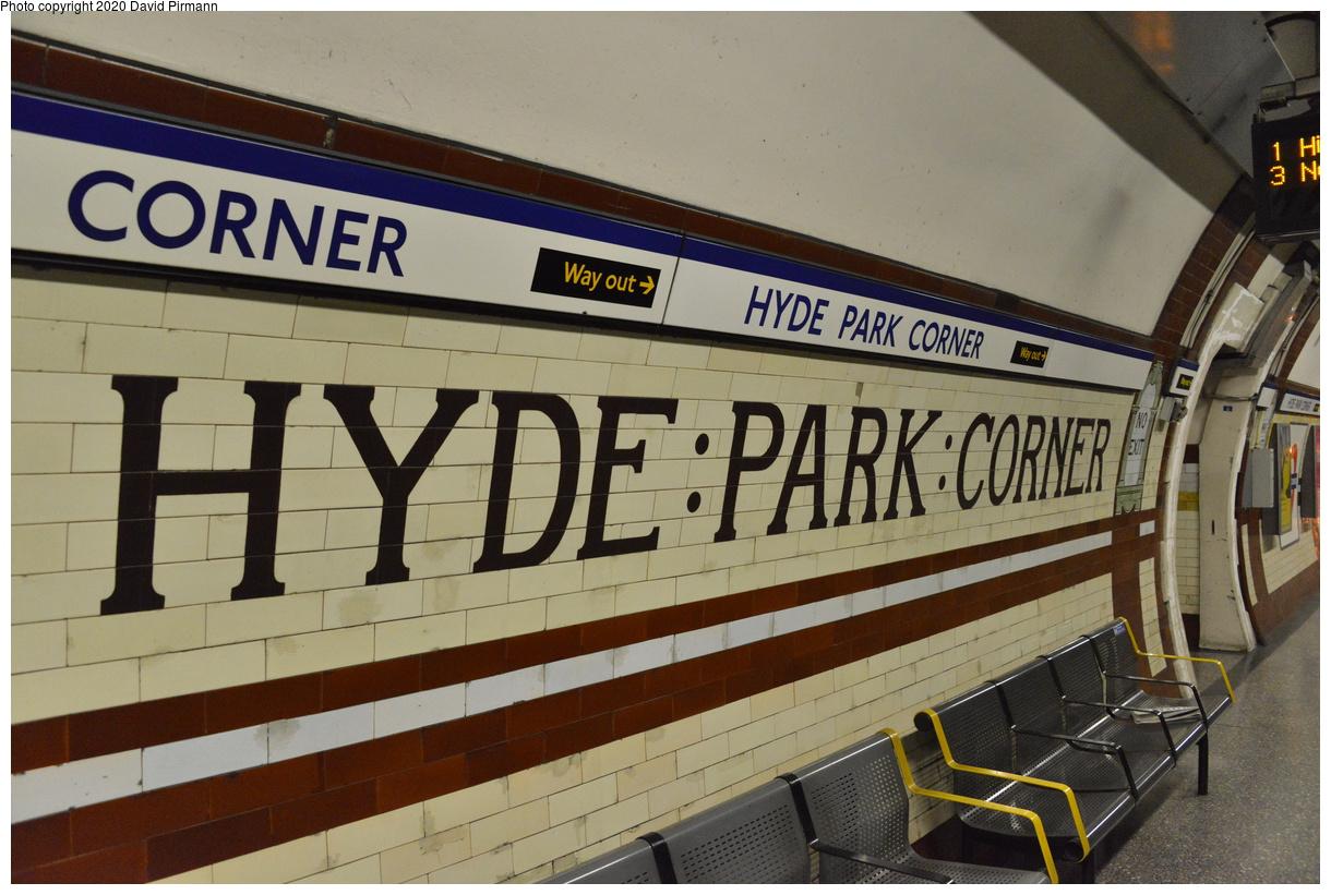 (387k, 1220x821)<br><b>Country:</b> United Kingdom<br><b>City:</b> London<br><b>System:</b> London Underground<br><b>Line:</b> Piccadilly<br><b>Location:</b> Hyde Park Corner<br><b>Photo by:</b> David Pirmann<br><b>Date:</b> 5/5/2016<br><b>Viewed (this week/total):</b> 1 / 70