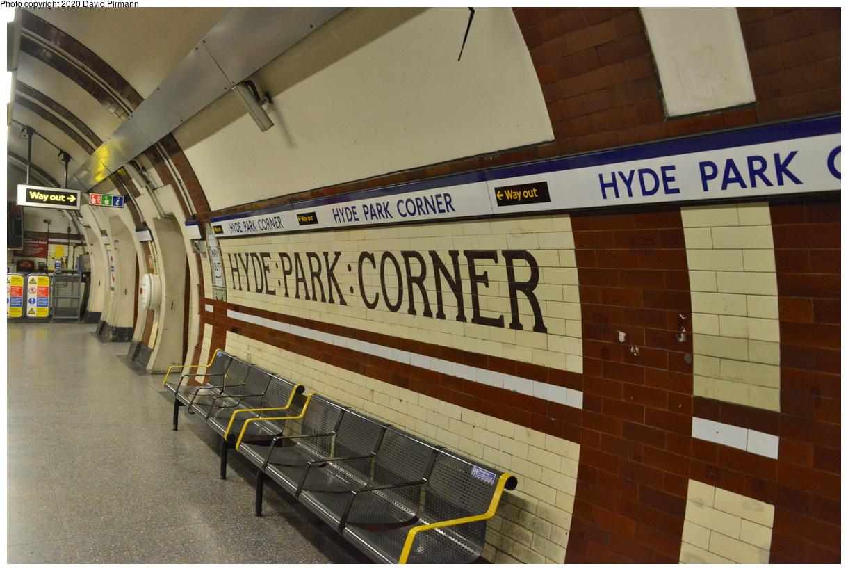 (415k, 1220x821)<br><b>Country:</b> United Kingdom<br><b>City:</b> London<br><b>System:</b> London Underground<br><b>Line:</b> Piccadilly<br><b>Location:</b> Hyde Park Corner<br><b>Photo by:</b> David Pirmann<br><b>Date:</b> 5/5/2016<br><b>Viewed (this week/total):</b> 0 / 51