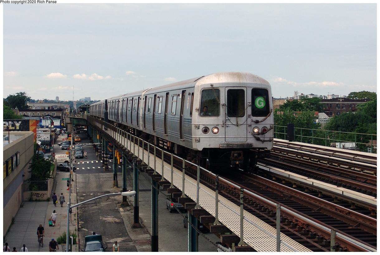 (497k, 1220x820)<br><b>Country:</b> United States<br><b>City:</b> New York<br><b>System:</b> New York City Transit<br><b>Line:</b> BMT Culver Line<br><b>Location:</b> Avenue I<br><b>Route:</b> G<br><b>Car:</b> R-46 (Pullman-Standard, 1974-75)  <br><b>Photo by:</b> Richard Panse<br><b>Date:</b> 7/25/2004<br><b>Viewed (this week/total):</b> 2 / 204