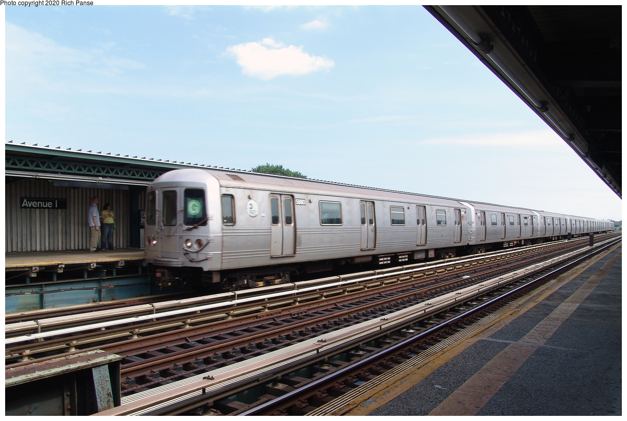 (439k, 1220x820)<br><b>Country:</b> United States<br><b>City:</b> New York<br><b>System:</b> New York City Transit<br><b>Line:</b> BMT Culver Line<br><b>Location:</b> Avenue I<br><b>Route:</b> G<br><b>Car:</b> R-46 (Pullman-Standard, 1974-75) 5880 <br><b>Photo by:</b> Richard Panse<br><b>Date:</b> 7/25/2004<br><b>Viewed (this week/total):</b> 3 / 193