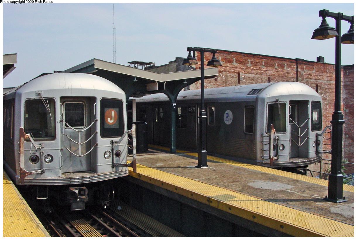 (522k, 1220x820)<br><b>Country:</b> United States<br><b>City:</b> New York<br><b>System:</b> New York City Transit<br><b>Line:</b> BMT Nassau Street-Jamaica Line<br><b>Location:</b> Myrtle Avenue<br><b>Route:</b> M<br><b>Car:</b> R-42 (St. Louis, 1969-1970) 4871 <br><b>Photo by:</b> Richard Panse<br><b>Date:</b> 7/9/2002<br><b>Viewed (this week/total):</b> 0 / 242