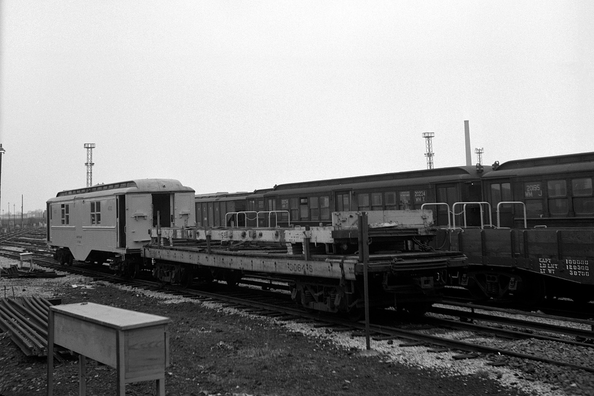(335k, 1200x800)<br><b>Country:</b> United States<br><b>City:</b> New York<br><b>System:</b> New York City Transit<br><b>Location:</b> Coney Island Yard<br><b>Car:</b> Low-V  <br><b>Collection of:</b> David Pirmann<br><b>Date:</b> 4/19/1964<br><b>Viewed (this week/total):</b> 0 / 217