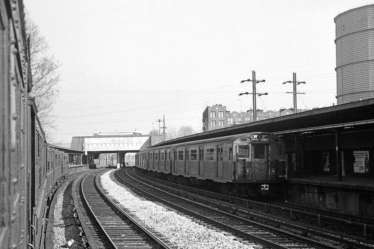 (407k, 1200x800)<br><b>Country:</b> United States<br><b>City:</b> New York<br><b>System:</b> New York City Transit<br><b>Line:</b> BMT Sea Beach Line<br><b>Location:</b> 8th Avenue<br><b>Route:</b> N<br><b>Car:</b> R-38 (St. Louis, 1966-1967)  <br><b>Collection of:</b> David Pirmann<br><b>Date:</b> 4/6/1968<br><b>Viewed (this week/total):</b> 1 / 409