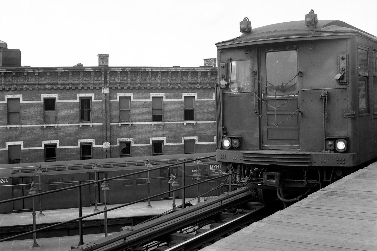 (354k, 1200x800)<br><b>Country:</b> United States<br><b>City:</b> New York<br><b>System:</b> New York City Transit<br><b>Line:</b> BMT Myrtle Avenue Line<br><b>Location:</b> Broadway/Myrtle Avenue (Upper Level)<br><b>Route:</b> MJ<br><b>Car:</b> BMT Q  <br><b>Collection of:</b> David Pirmann<br><b>Date:</b> 3/22/1969<br><b>Viewed (this week/total):</b> 0 / 475