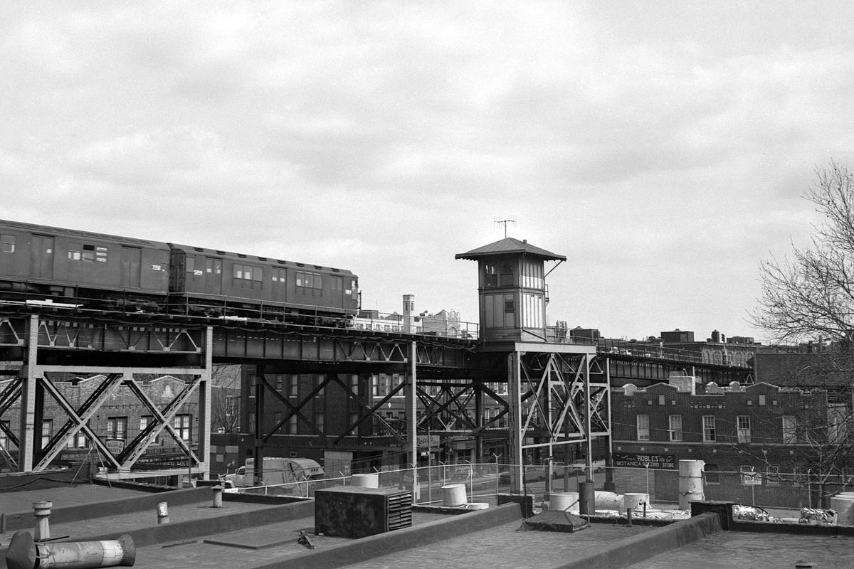 (386k, 1200x800)<br><b>Country:</b> United States<br><b>City:</b> New York<br><b>System:</b> New York City Transit<br><b>Line:</b> IRT Brooklyn Line<br><b>Location:</b> Junius Street<br><b>Route:</b> 3<br><b>Car:</b> R-14 (American Car & Foundry, 1949) 5859 <br><b>Collection of:</b> David Pirmann<br><b>Date:</b> 3/22/1969<br><b>Viewed (this week/total):</b> 0 / 443