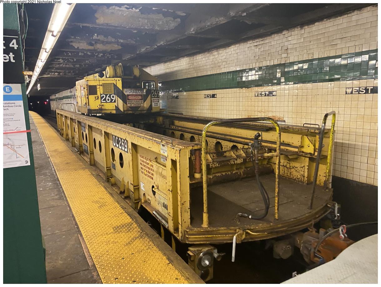 (447k, 1220x920)<br><b>Country:</b> United States<br><b>City:</b> New York<br><b>System:</b> New York City Transit<br><b>Line:</b> IND 8th Avenue Line<br><b>Location:</b> West 4th Street/Washington Square<br><b>Route:</b> Work Service<br><b>Car:</b> R-113 Crane Car OC269 <br><b>Photo by:</b> Nicholas Noel<br><b>Date:</b> 11/19/2020<br><b>Viewed (this week/total):</b> 3 / 327