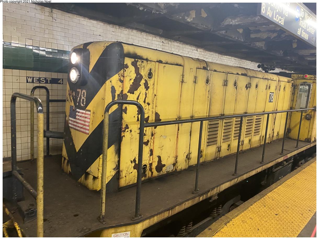 (420k, 1220x920)<br><b>Country:</b> United States<br><b>City:</b> New York<br><b>System:</b> New York City Transit<br><b>Line:</b> IND 8th Avenue Line<br><b>Location:</b> West 4th Street/Washington Square<br><b>Route:</b> Work Service<br><b>Car:</b> R-52 Locomotive 78 <br><b>Photo by:</b> Nicholas Noel<br><b>Date:</b> 11/19/2020<br><b>Viewed (this week/total):</b> 0 / 282