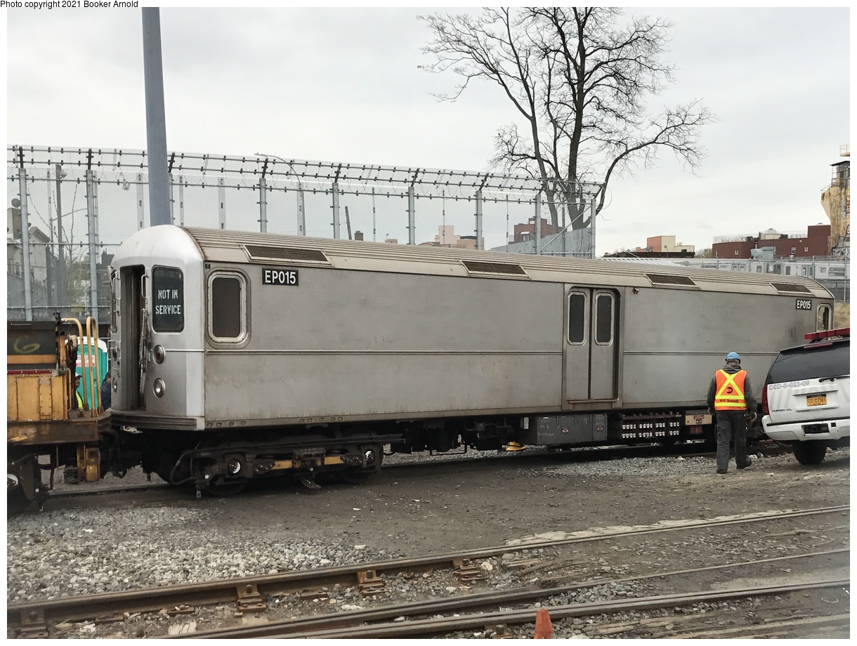(418k, 1220x920)<br><b>Country:</b> United States<br><b>City:</b> New York<br><b>System:</b> New York City Transit<br><b>Location:</b> 36th Street Yard<br><b>Route:</b> Work Service<br><b>Car:</b> R-127/R-134 (Kawasaki, 1991-1996) EP015 <br><b>Photo by:</b> Booker Arnold<br><b>Date:</b> 4/22/2017<br><b>Notes:</b> Refuse Collection Train<br><b>Viewed (this week/total):</b> 3 / 1036