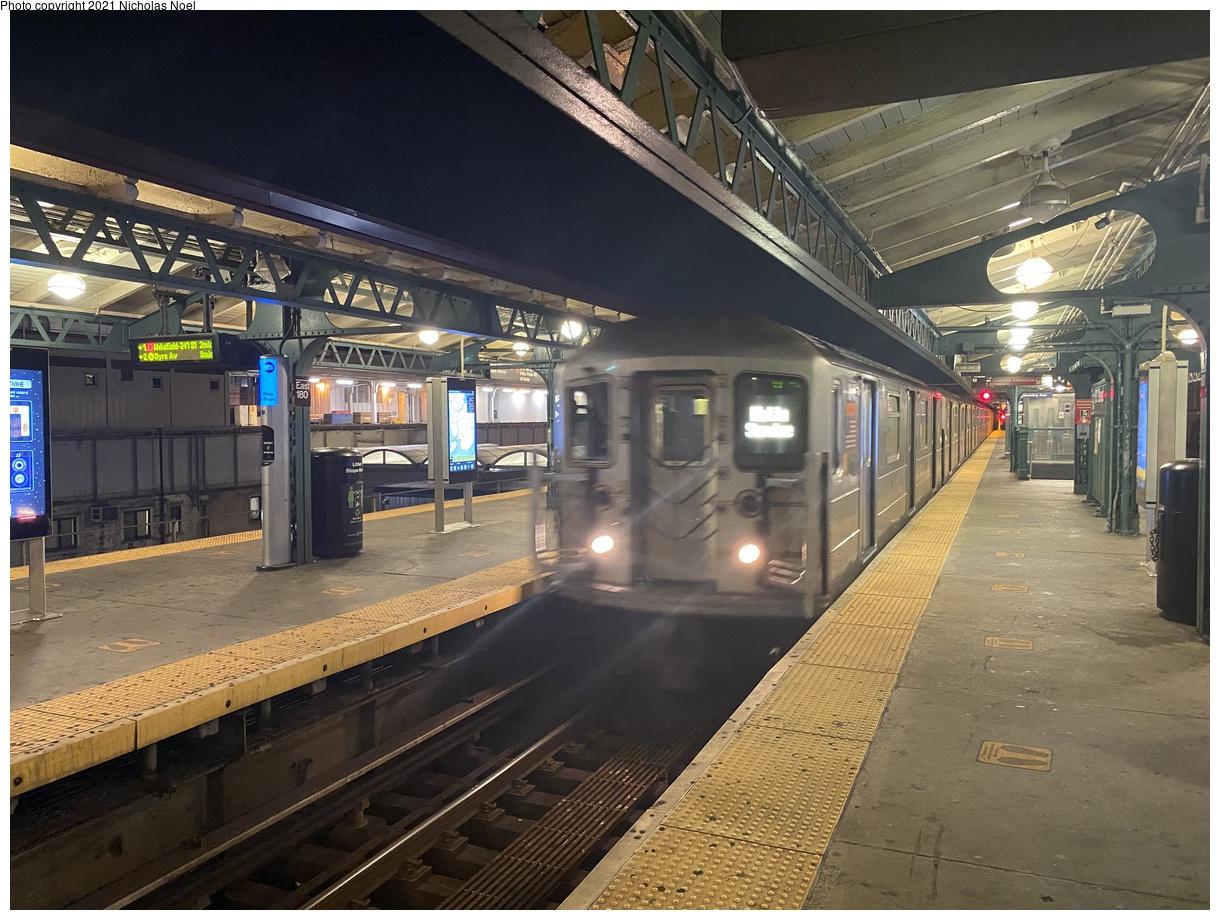 (434k, 1220x920)<br><b>Country:</b> United States<br><b>City:</b> New York<br><b>System:</b> New York City Transit<br><b>Line:</b> IRT White Plains Road Line<br><b>Location:</b> East 180th Street<br><b>Car:</b> R-62 (Kawasaki, 1983-1985) 1345 <br><b>Photo by:</b> Nicholas Noel<br><b>Date:</b> 11/10/2020<br><b>Viewed (this week/total):</b> 3 / 435