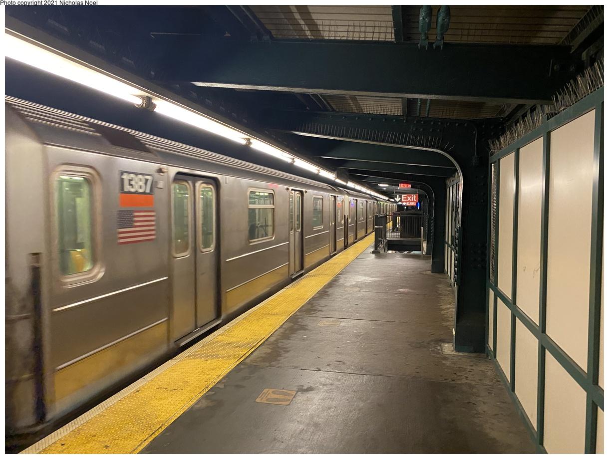 (385k, 1220x920)<br><b>Country:</b> United States<br><b>City:</b> New York<br><b>System:</b> New York City Transit<br><b>Line:</b> IRT Brooklyn Line<br><b>Location:</b> Sutter Avenue/Rutland Road<br><b>Route:</b> 3<br><b>Car:</b> R-62 (Kawasaki, 1983-1985) 1387 <br><b>Photo by:</b> Nicholas Noel<br><b>Date:</b> 1/27/2021<br><b>Viewed (this week/total):</b> 1 / 323