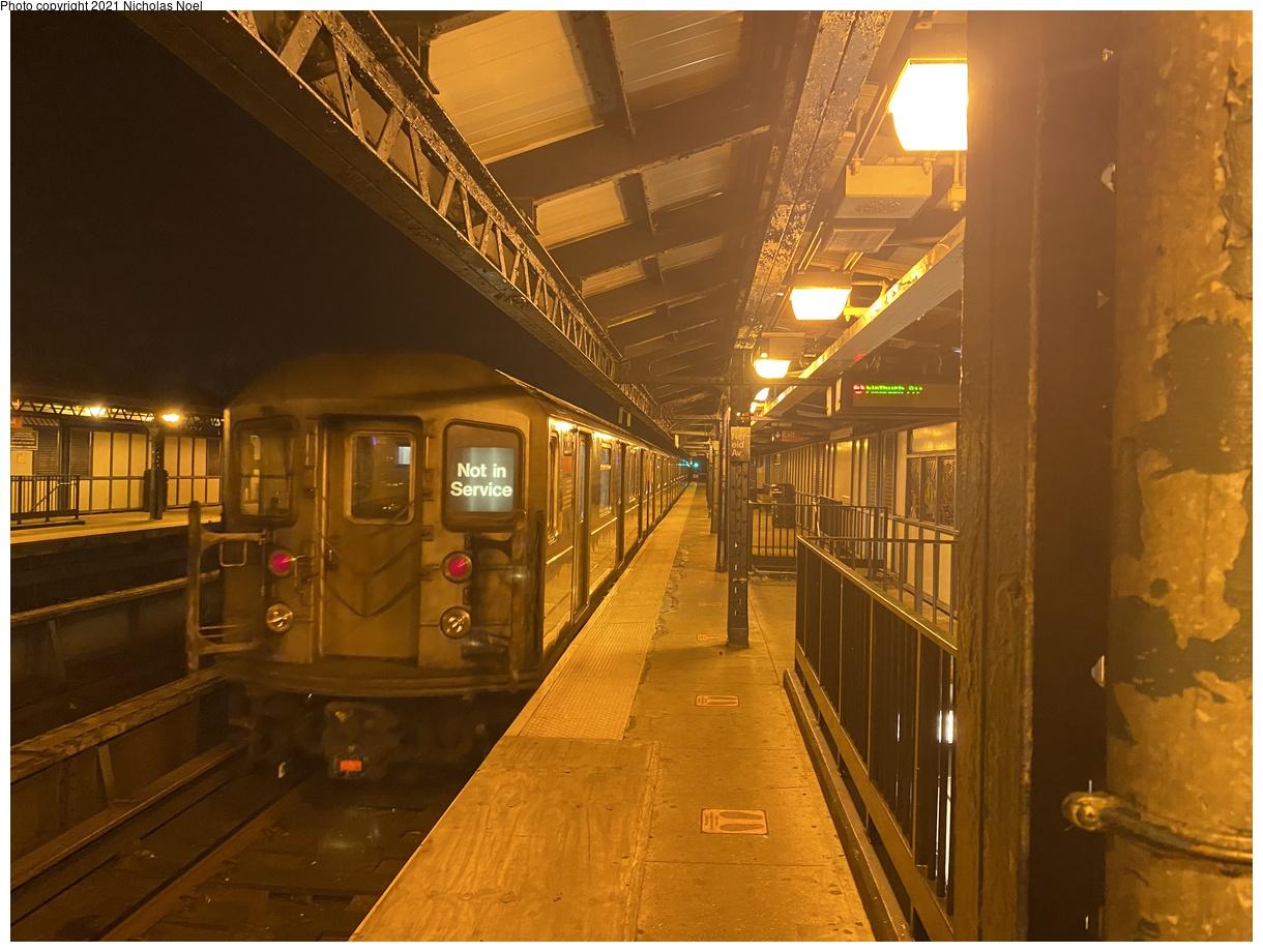 (370k, 1220x920)<br><b>Country:</b> United States<br><b>City:</b> New York<br><b>System:</b> New York City Transit<br><b>Line:</b> IRT White Plains Road Line<br><b>Location:</b> 238th Street (Nereid Avenue)<br><b>Car:</b> R-62A (Bombardier, 1984-1987) 2260 <br><b>Photo by:</b> Nicholas Noel<br><b>Date:</b> 1/11/2021<br><b>Viewed (this week/total):</b> 0 / 123