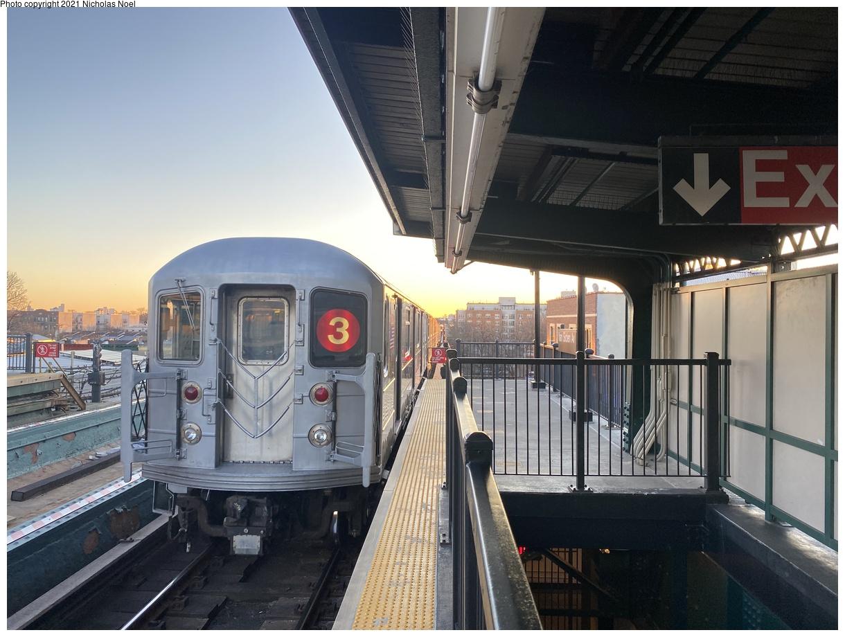 (361k, 1220x920)<br><b>Country:</b> United States<br><b>City:</b> New York<br><b>System:</b> New York City Transit<br><b>Line:</b> IRT Brooklyn Line<br><b>Location:</b> Van Siclen Avenue<br><b>Route:</b> 3<br><b>Car:</b> R-62 (Kawasaki, 1983-1985)  <br><b>Photo by:</b> Nicholas Noel<br><b>Date:</b> 2/26/2021<br><b>Viewed (this week/total):</b> 0 / 137