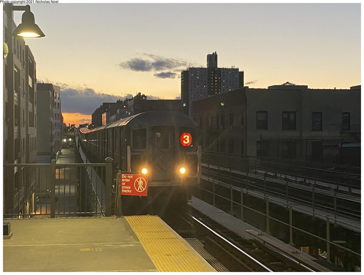 (332k, 1220x920)<br><b>Country:</b> United States<br><b>City:</b> New York<br><b>System:</b> New York City Transit<br><b>Line:</b> IRT Brooklyn Line<br><b>Location:</b> Pennsylvania Avenue<br><b>Route:</b> 3<br><b>Car:</b> R-62 (Kawasaki, 1983-1985)  <br><b>Photo by:</b> Nicholas Noel<br><b>Date:</b> 3/1/2021<br><b>Viewed (this week/total):</b> 0 / 103