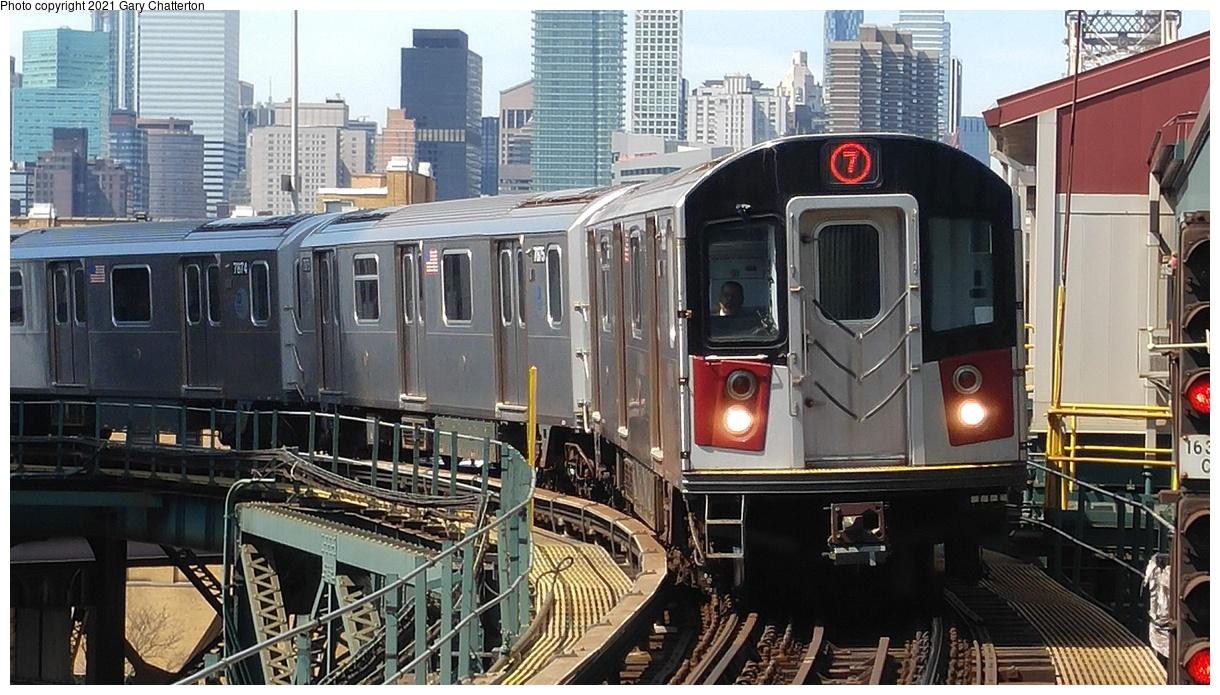 (368k, 1220x695)<br><b>Country:</b> United States<br><b>City:</b> New York<br><b>System:</b> New York City Transit<br><b>Line:</b> IRT Flushing Line<br><b>Location:</b> Queensborough Plaza<br><b>Route:</b> 7<br><b>Car:</b> R-188 (Kawasaki, 2012-) 7876 <br><b>Photo by:</b> Gary Chatterton<br><b>Date:</b> 4/3/2017<br><b>Viewed (this week/total):</b> 16 / 122