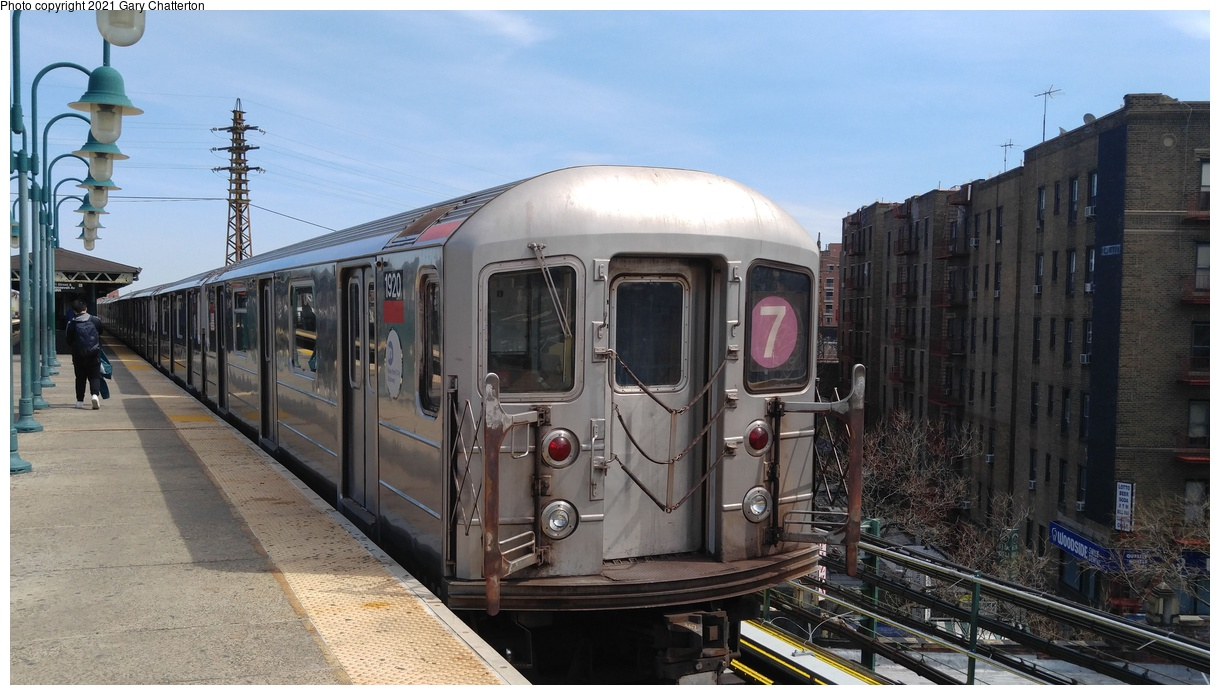 (313k, 1220x695)<br><b>Country:</b> United States<br><b>City:</b> New York<br><b>System:</b> New York City Transit<br><b>Line:</b> IRT Flushing Line<br><b>Location:</b> 61st Street/Woodside<br><b>Route:</b> 7<br><b>Car:</b> R-62A (Bombardier, 1984-1987) 1920 <br><b>Photo by:</b> Gary Chatterton<br><b>Date:</b> 4/3/2017<br><b>Viewed (this week/total):</b> 1 / 876